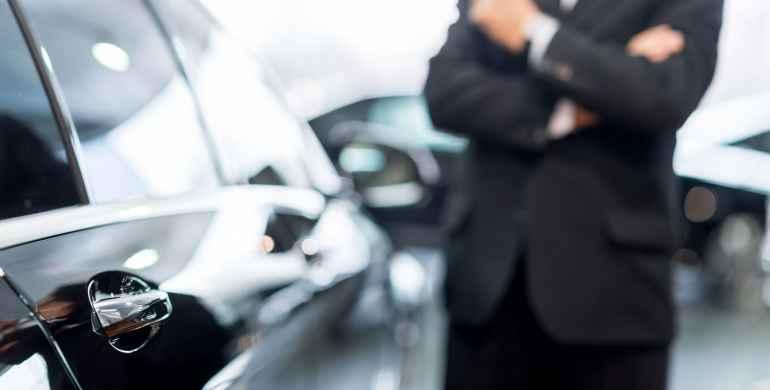 Estafas frecuentes al comprar o vender un carro