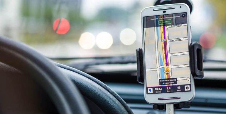 5 aplicaciones móviles para la seguridad vial