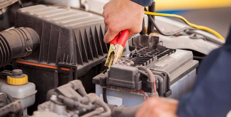Recomendaciones para el cuidado de la batería de su vehículo