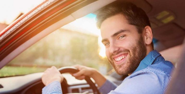 10 hábitos para una feliz conducción por carretera