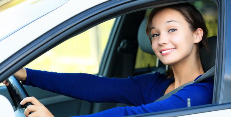 5 cosas que toda mujer debe saber antes de comprar un carro