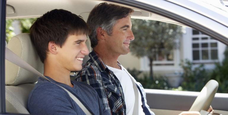 Conduciendo el carro de papá: consejos y recomendaciones