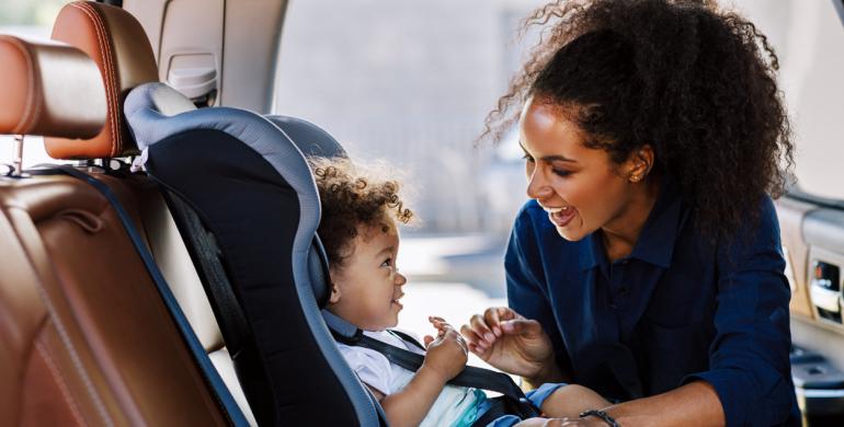 5 consejos para garantizar la seguridad de los niños dentro del carro