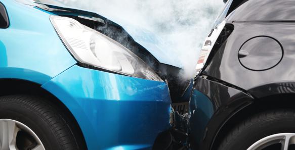 En una prueba impacto como las que desarrolla CESVI, se intenta simular un choque típico de calle para establecer costos y tiempos de reparación.