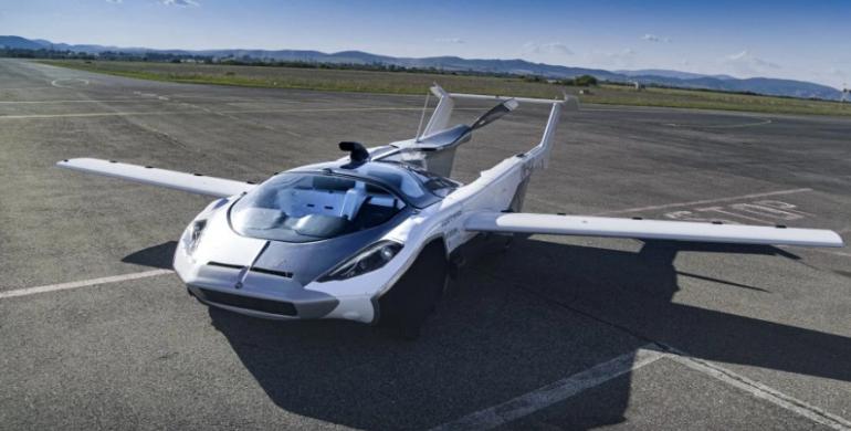 AirCar: el hibrido entre carro y avión que ya recorre los cielos del mundo