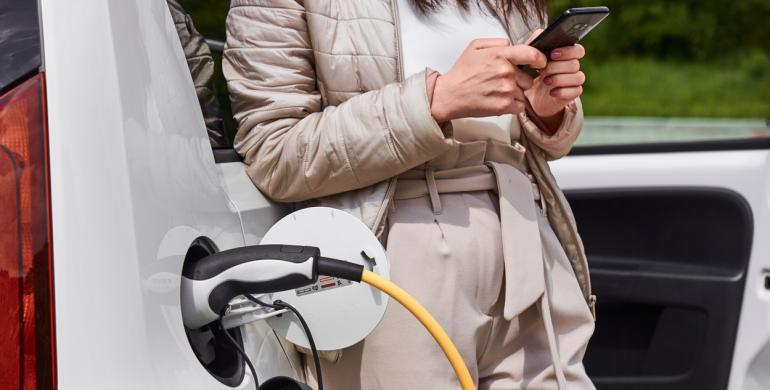 Bogotá y Cundinamarca otorgarán beneficios en impuestos a carros híbridos y eléctricos