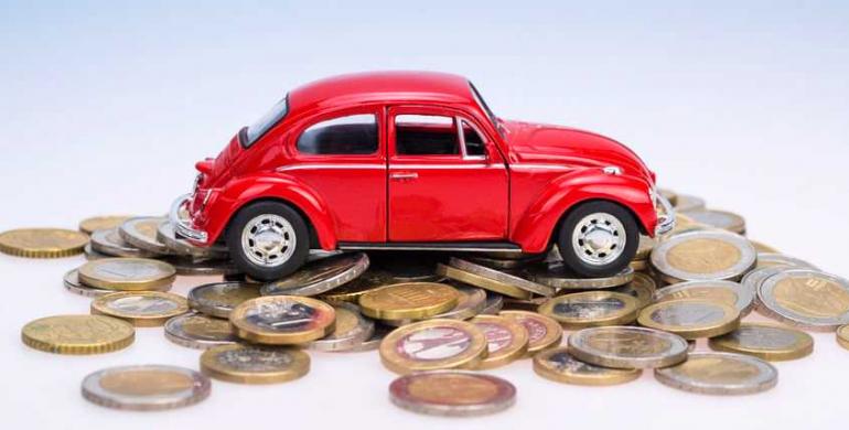 ¿Quién paga los impuestos del vehículo en un leasing?