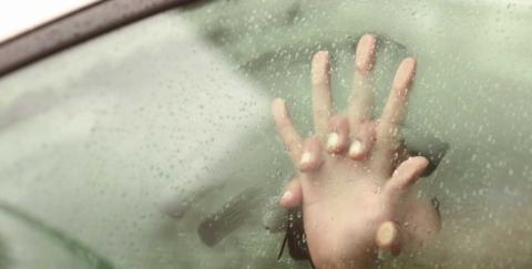 Tener relaciones en un carro es delito en Colombia