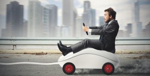 Conozca las 3 ventajas de cotizar un seguro para carro en internet.