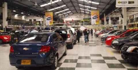 Feria de carros usados en Bogotá