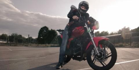 Consejos de seguridad vial para motociclistas