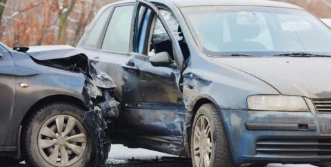 Cinco cosas que le suceden a un vehículo en un choque