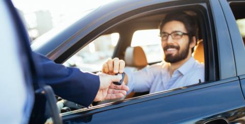 ¿Cómo conocer los antecedentes de un vehículo antes de comprarlo?