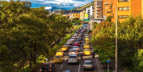 Así puedes identificar los 6 tipos de placas de carros que circulan en Colombia