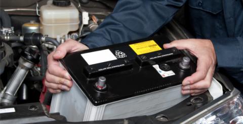 Aplica estos sencillos consejos para cuidar la batería de tu vehículo