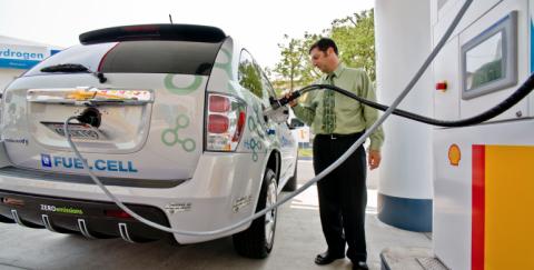 ¿Cómo funcionan los carros con pila de combustible de hidrógeno?